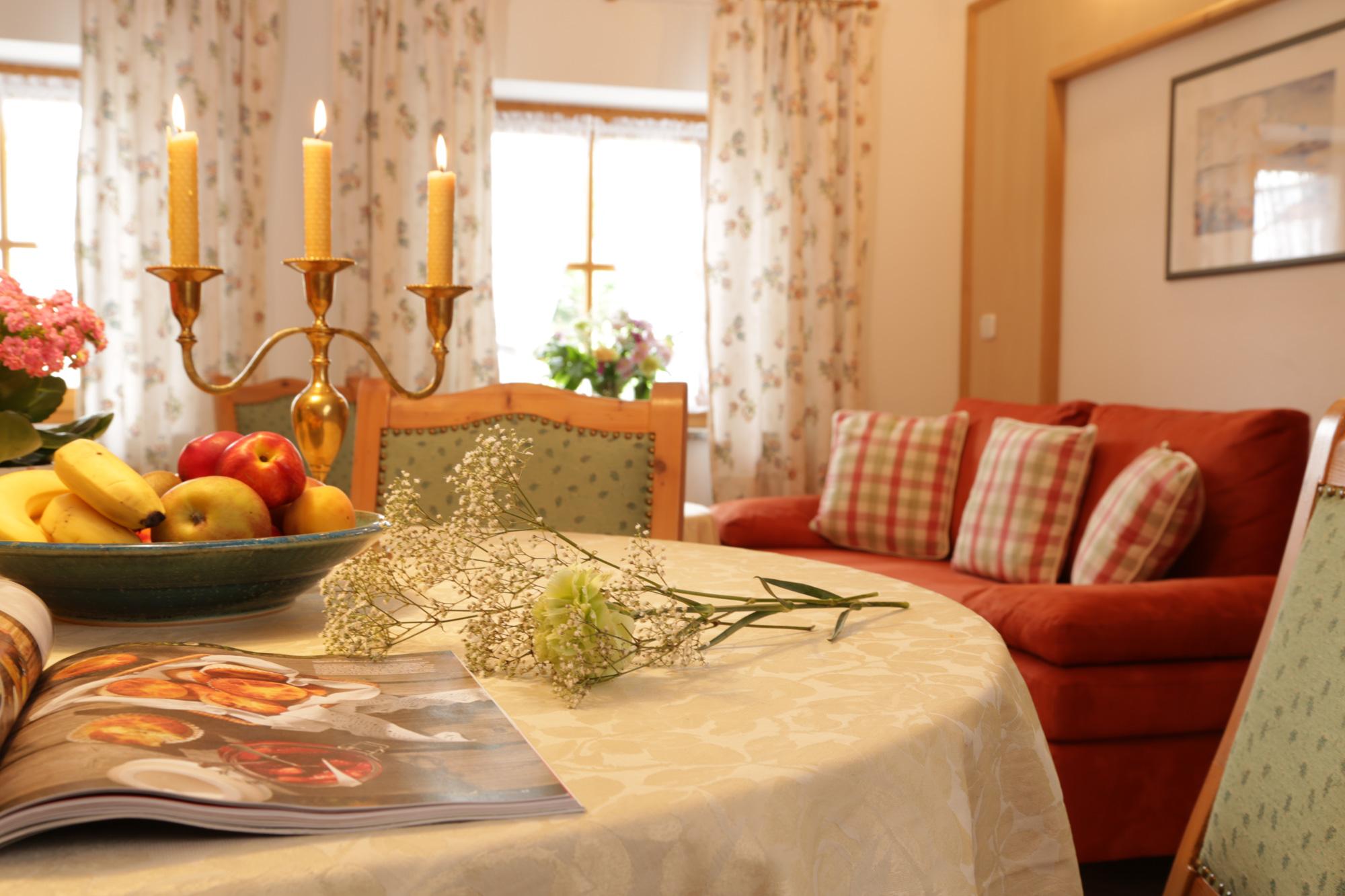 pension zimmer und ferienwohnung lindlweberhof in rosenheim. Black Bedroom Furniture Sets. Home Design Ideas